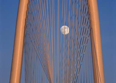 1339 Moonrise, sunset, Margaret Hunt Hill Bridge, Dallas, Texas