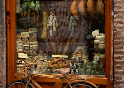 620 Bicycle and Storefront, Siena, Italy