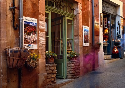 881 Francoise Valenti's gallery, Roussillon, France