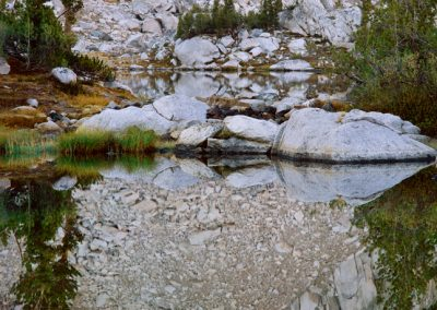 1447 Calm waters, mirror image, Kings Canyon National Park wilderness, CA