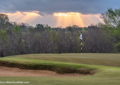 06565 Dramatic light at the 4th green, Trinity Forest Golf Club, Dallas, TX